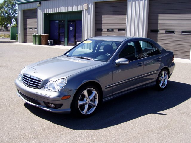 Inventory for 2006 mercedes benz c230 problems